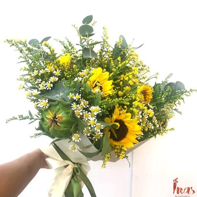 Brightly Yellow Gerbera Bouquet